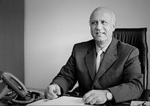 Dott. Hossein Hedayati